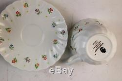 28 Piece Vintage Cascade Wedgwood Porcelain Tea Cup Saucer Set Swirl Rim Floral