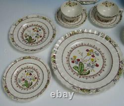 Copeland Spode Cowslip 6 Place Settings Plates/Cups/Saucers 30 pieces