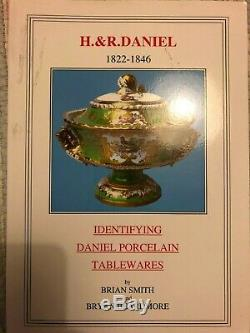 Identifying H & R Daniel Porcelain tableware Smith & Beardsmore cups saucers