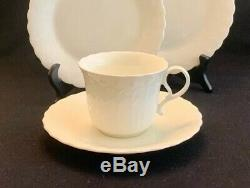 MIKASA WHITE SILK Set Of 20 SERVICE FOR 4 Dinner Plates Salad Bread Cup Saucer