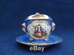 Meissen Porcelain Tasse A Bouillon Mask Handles LID Watteau Scenes